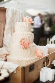 rustic-vintage-wedding-cake-2