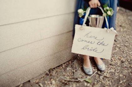 plaquinhas-entrada-e-saida-da-noiva-casamento (10)