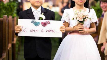 plaquinhas-entrada-e-saida-da-noiva-casamento (18)