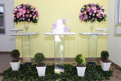 casamento-economico-5-mil-sao-paulo-salao-do-predio-decoracao-lilas (3)