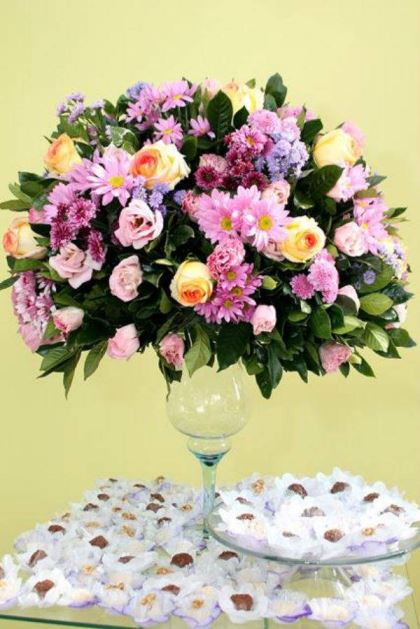 casamento-economico-5-mil-sao-paulo-salao-do-predio-decoracao-lilas (4)