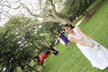 casamento-economico-pequeno-mini-wedding-de-manha-sao-paulo-sapato-roxo-decoraca-roxa-e-lilias (24)