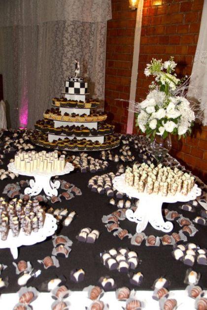 casamento-economico-retro-anos-50-curitiba-parana-vestido-de-noiva-curto-festa-salao-da-igreja (5)