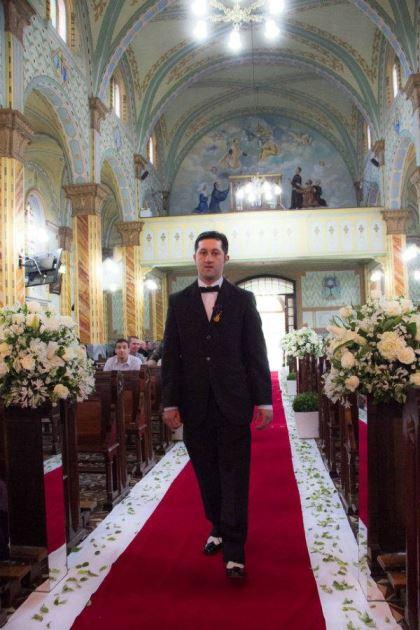 casamento-economico-retro-anos-50-curitiba-parana-vestido-de-noiva-curto-festa-salao-da-igreja (7)