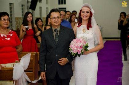 casamento-economico-menos-5-mil-goias-noiva-de-preto-bolo-e-champanhe (7)