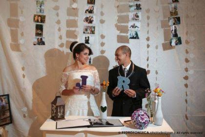 casamento-economico-minas-gerais-350-pessoas-12-mil-reais-decoraca-faca-voce-mesmo-buque-de-feltro-noiva-de-all-star (22)