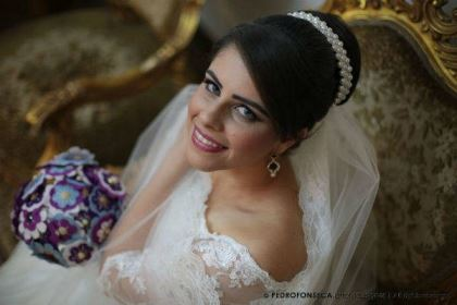 casamento-economico-minas-gerais-350-pessoas-12-mil-reais-decoraca-faca-voce-mesmo-buque-de-feltro-noiva-de-all-star (4)