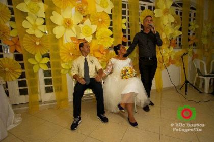 casamento-economico-manaus-amazonas-quintal-de-casa-decoracao-faca-voce-mesmo-amarelo-e-azul (26)