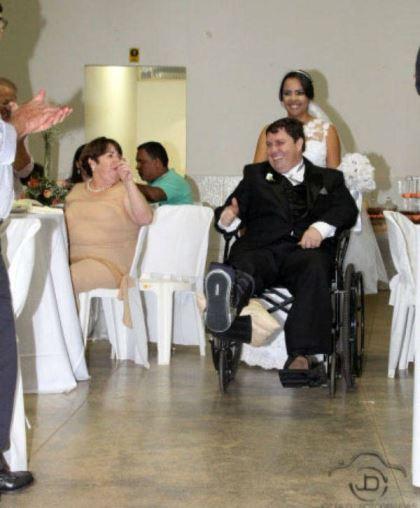 casamento-economico-noivo-cadeira-rodas-goias-faca-voce-mesmo (31)