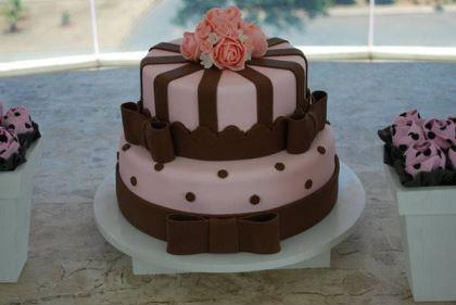 carolina-tavora-cake-designer-brasilia-casando-sem-grana-bolo-lousa-fornecedores-descolados (2)