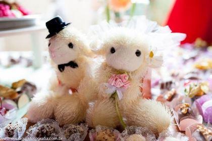 coracoes-coloridos-casamento-colorido-ar-livre-fernanda-e-rafael (11)