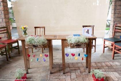 coracoes-coloridos-casamento-colorido-ar-livre-fernanda-e-rafael (6)