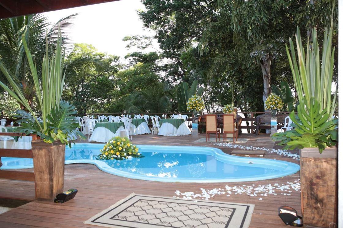 Como decorar uma piscina para o seu casamento casando sem grana