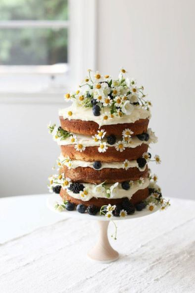 Naked Cake para MiniWedding. Fonte: Pinterest/Jenni Kayne