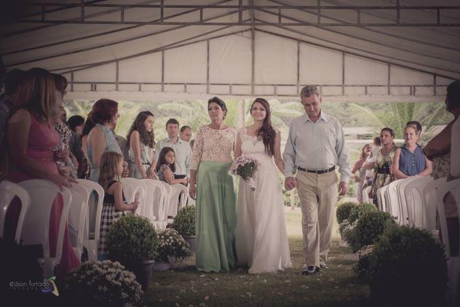mini wedding entrada cerimônia