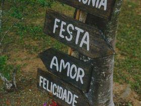 decoração barata para casamento ao ar livre